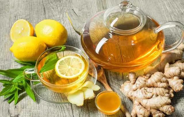 Domáci zázvorový čaj pre silnú imunitu • Akadémia krásy