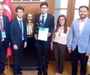 Liseliler 29. Avrupa Birliği Genç Bilim İnsanları Yarışmasından Ödülle Döndü