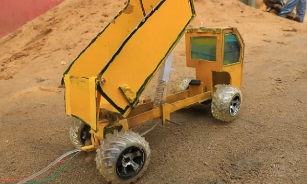 Hope Emmanuel Frank Used Wood And Laptop Batteries To Construct Excavator1