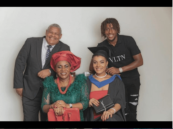Super Eagles star Alex Iwobi rings in the New Year with cute family photo