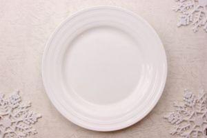 お皿、食器、おさら、食事、真っ白、まぶしい