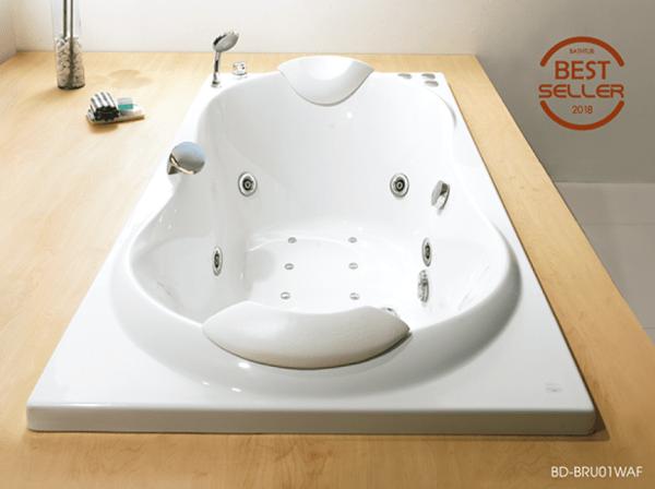 อ่างอาบน้ำจากุชชี่