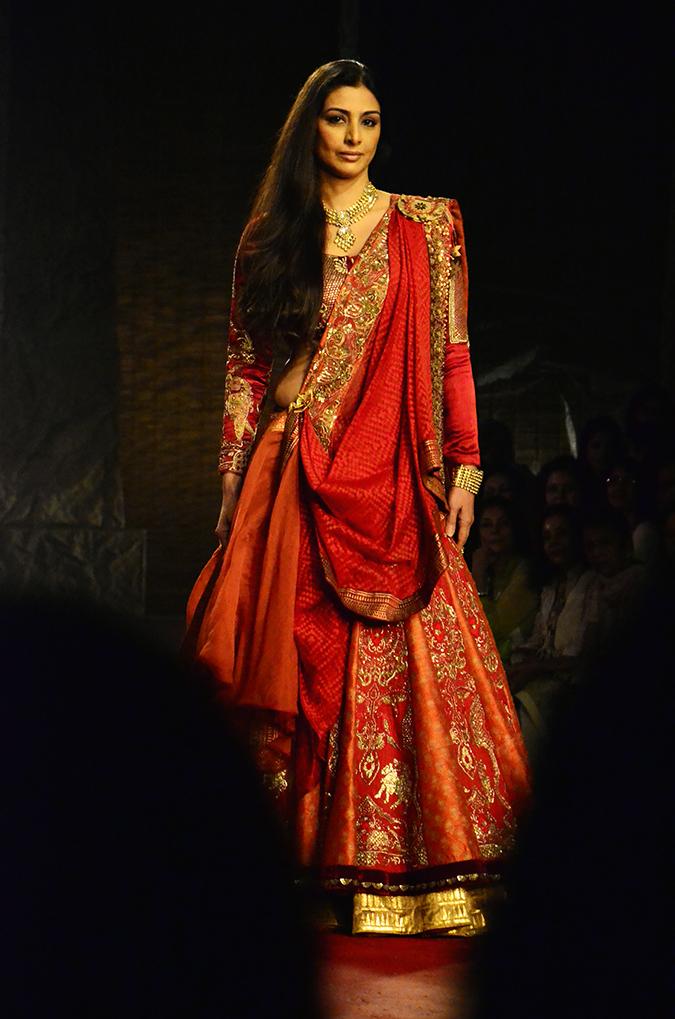 Tabu Anju Modi - Delhi Couture Week