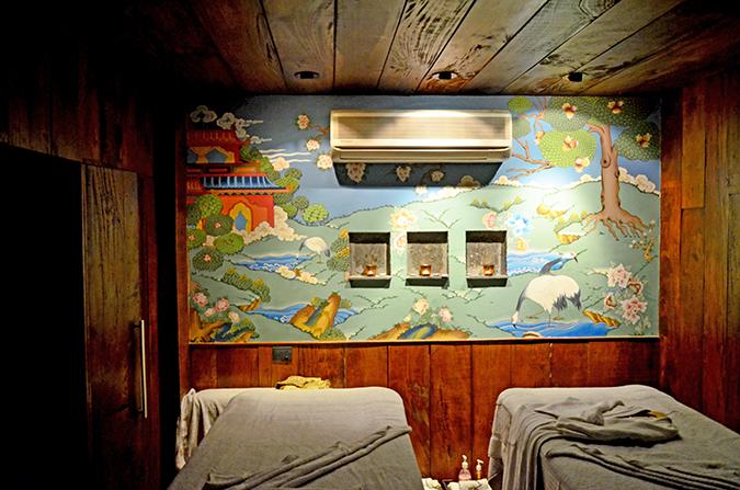 Spa Date - { Alaya Spa + Salon } | Akanksha Redhu | Massage Room