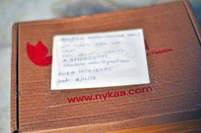 L'Occitane Immortelle Brightening Instant Exfoliator via Nykaa | www.akanksharedhu.com | Packaging