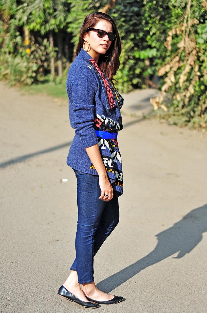 Futurist Blue - { #TieUpsStyle } | www.akanksharedhu.com | Full Side
