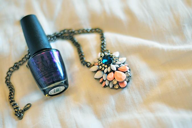 Jaipur | Le Méridien | Day 03 | www.akanksharedhu.com | necklace & nailpaint