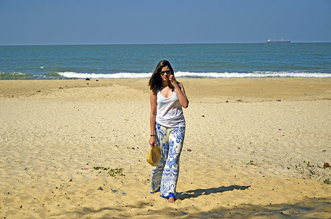 Paradise Beach | Goa | www.akanksharedhu.com | full front on beach