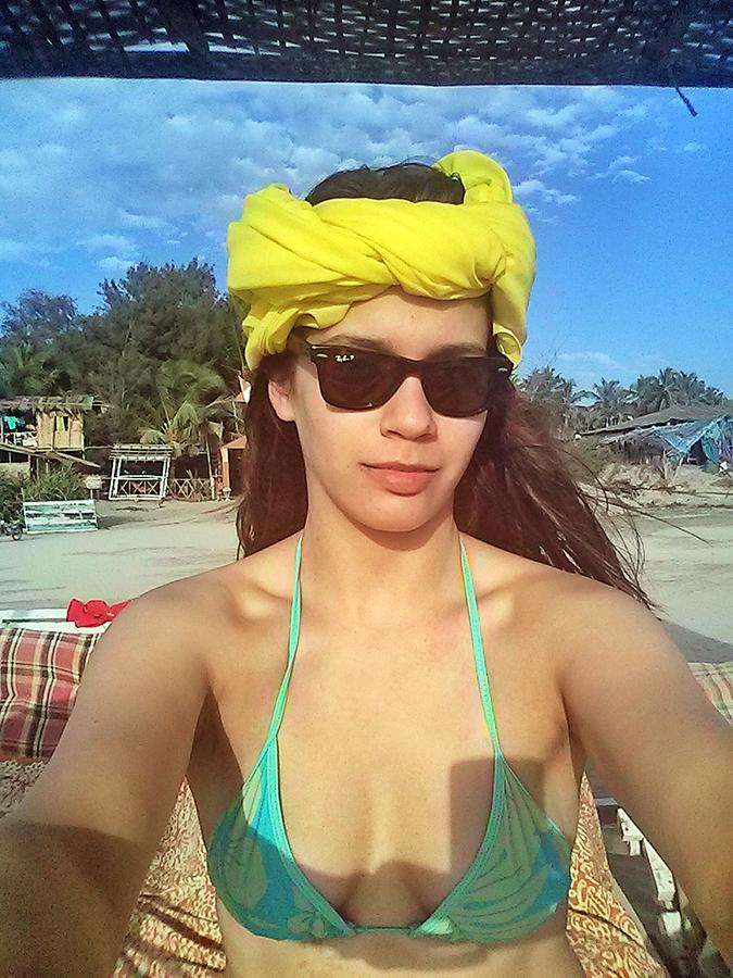 Morjim | Goa | www.akanksharedhu.com | Bikini Selfie