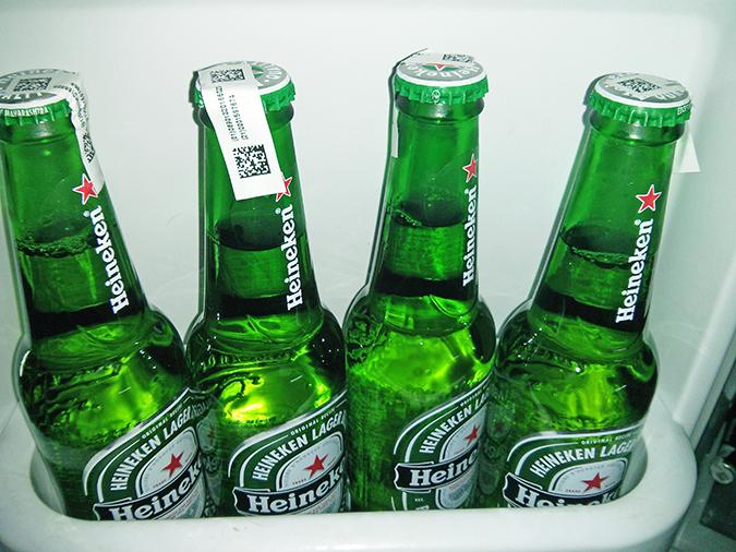 Heineken   #ShareTheSofa   www.akanksharedhu.com   beer in shelf single