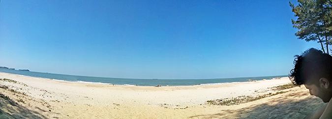 Paradise Beach | Goa | www.akanksharedhu.com | panorama