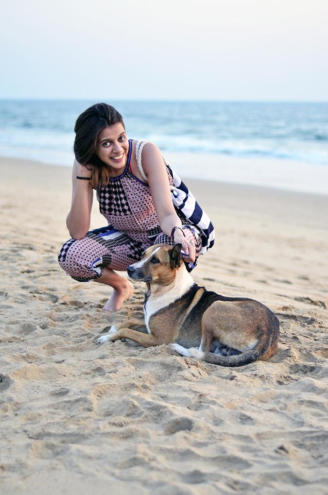 Agonda Beach | Goa | www.akanksharedhu.com | doggie