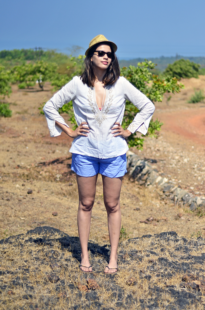 Gokarna | www.akanksharedhu.com | outfit full front hands on hips