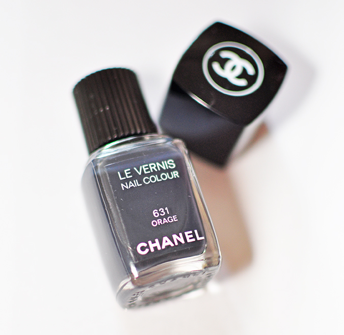 COLLECTION ÉTATS POÉTIQUES | Chanel | www.akanksharedhu.com | nail colour