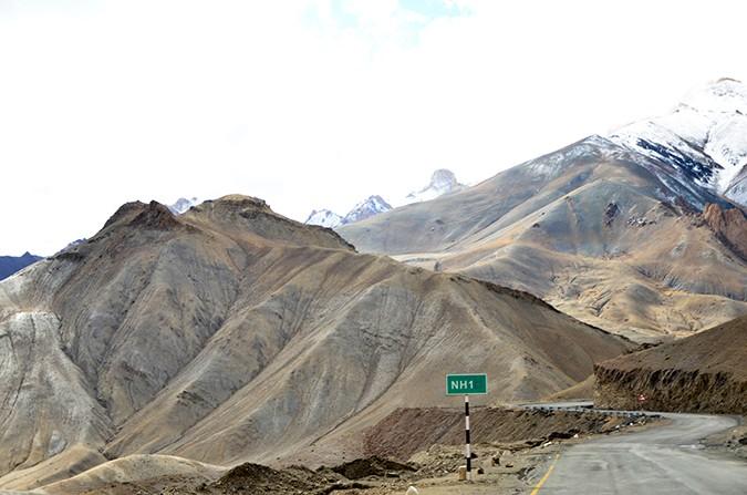 Raid de Himalaya | www.akanksharedhu.com | btwn kargil and leh