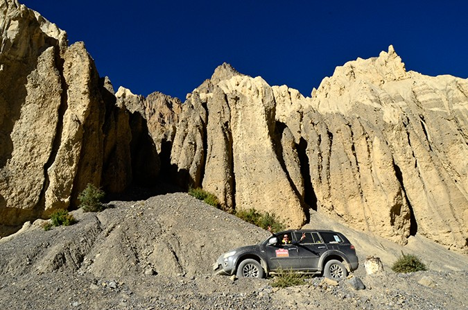 Raid de Himalaya | www.akanksharedhu.com | proceeding towards debring still in spiti