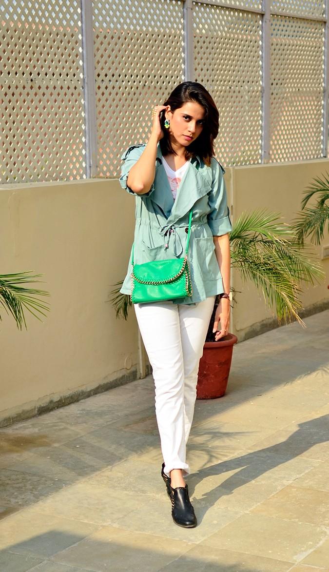 Weekend Getaway | Anya Gurgaon | www.akanksharedhu.com | outfit full front