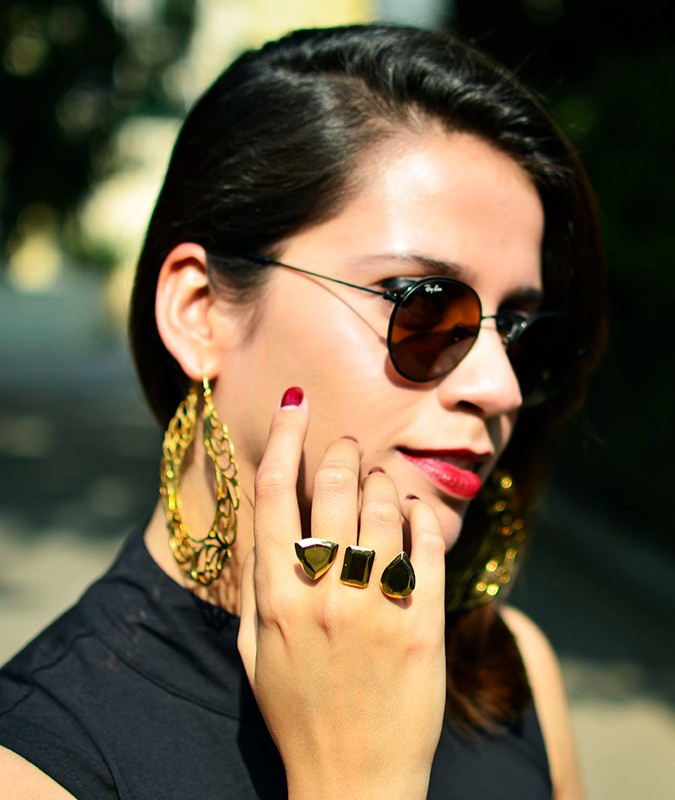 #FutureHeirlooms | Eina Ahluwalia | www.akanksharedhu.com | face34th with ring