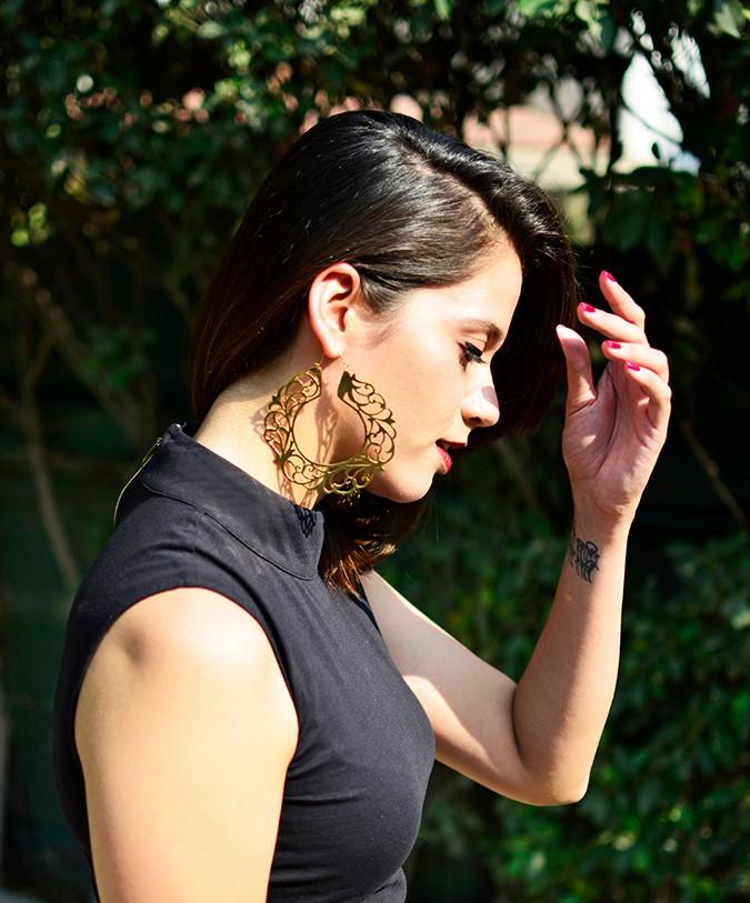 #FutureHeirlooms   Eina Ahluwalia   www.akanksharedhu.com   half side earring