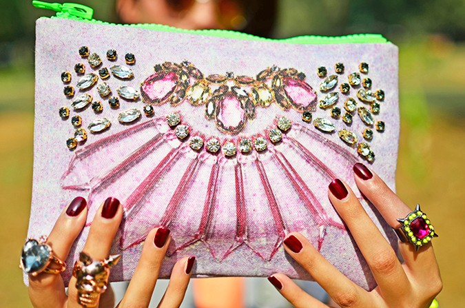 Mawi x Koovs | Akanksha Redhu | clutch close up
