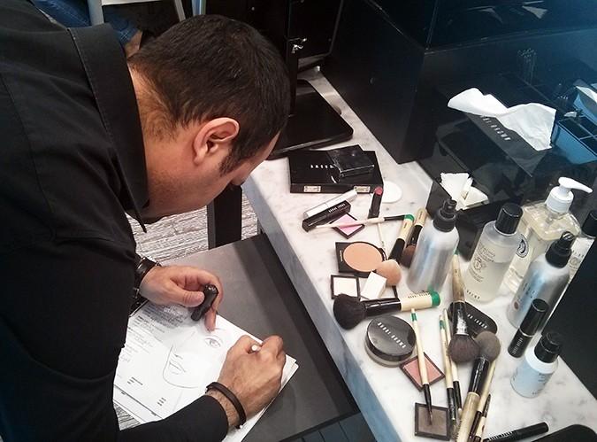 Perfect Skin Makeup Lesson | Bobbi Brown | www.akanksharedhu.com | Eliano Bou Assi filling makeup sheet