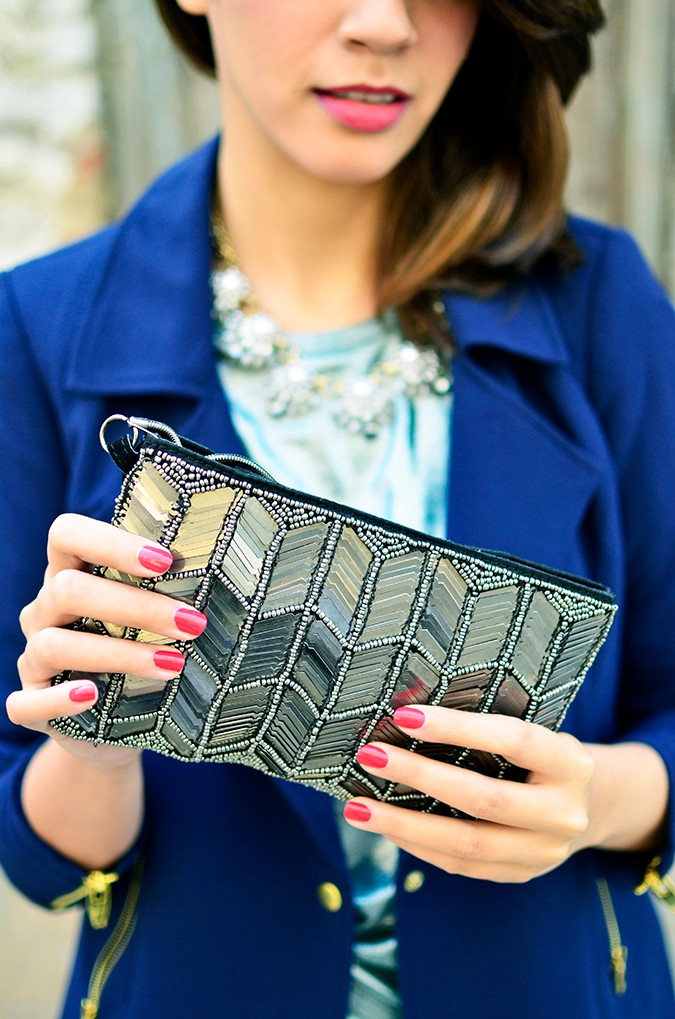 Festive Outfit | Akanksha Redhu | clutch closeup with lips