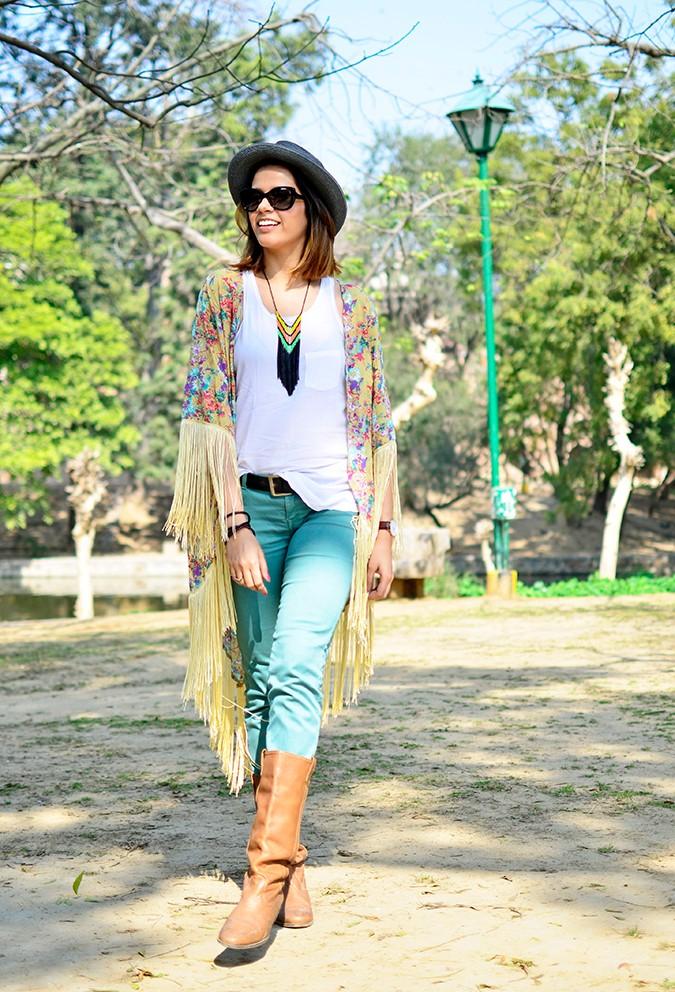 Hippie Kimono | Akanksha Redhu | full front leg step