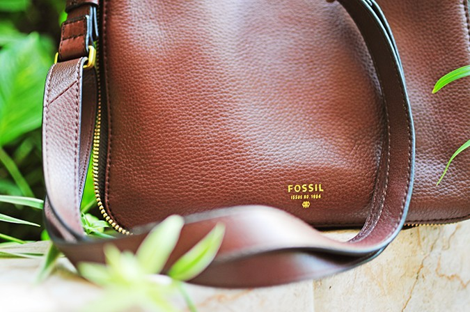Mother's Day with Fossil | Akanksha Redhu | bag details
