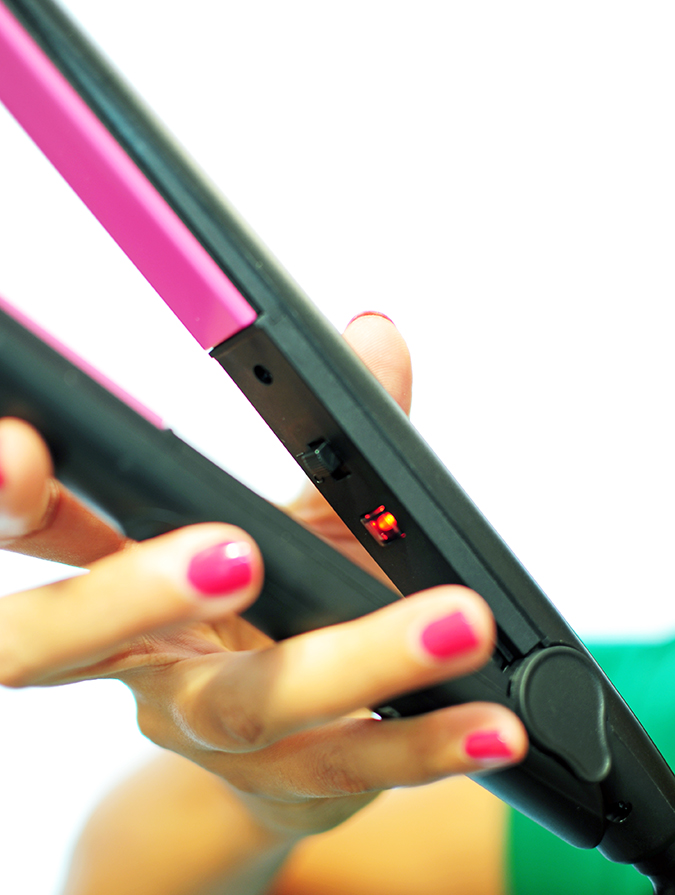 Philips - Selfie Straightener | Akanksha Redhu | light on