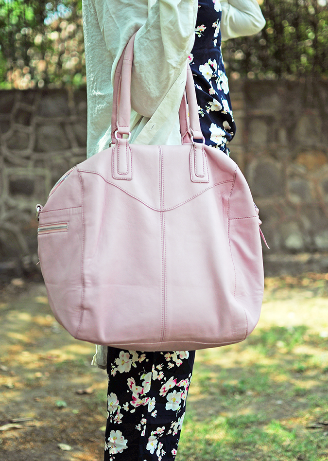 Summer Escape | Akanksha Redhu | bag