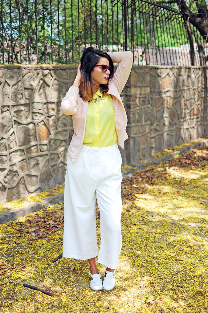 How To Style: Blazers 101 | Akanksha Redhu | full front one arm up