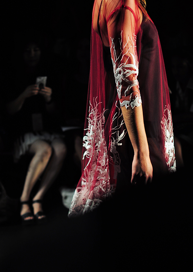 Francesca Liberatore | NYFW | #RedhuxNYC | sangria and silver lace side