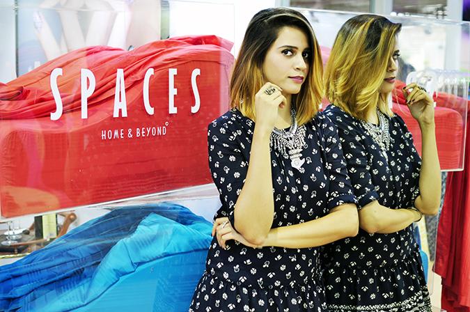 Anamika Khanna | #AIFWSS16 | #findyourspace | mirror