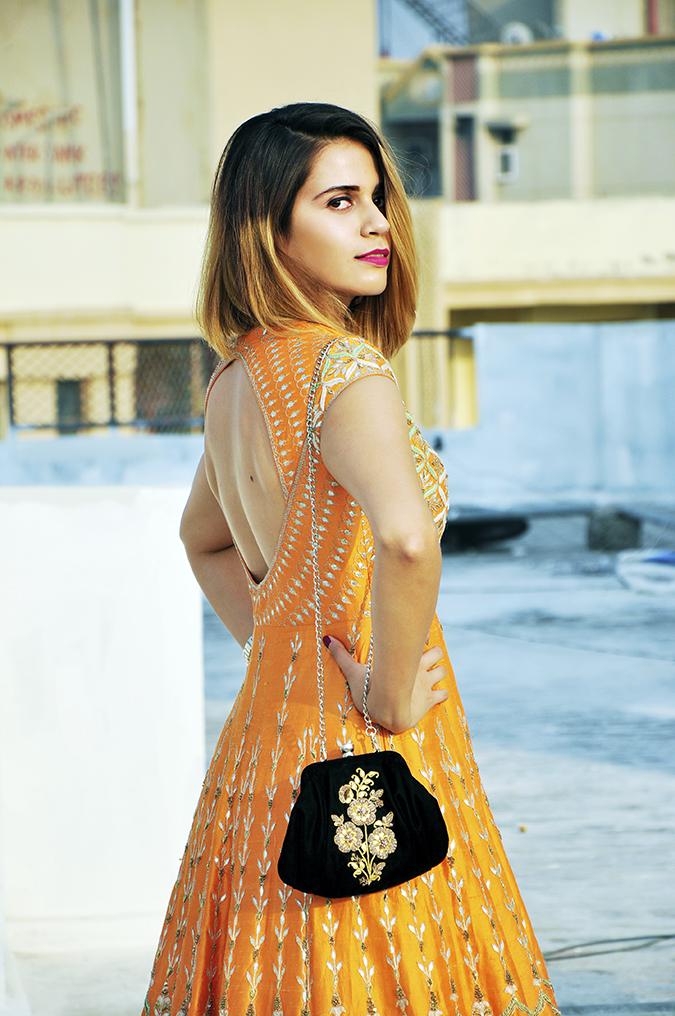 Anita Dongre | Akanksha Redhu | #ootd | half side