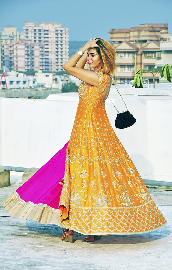 Anita Dongre | Akanksha Redhu | #ootd | side twirl