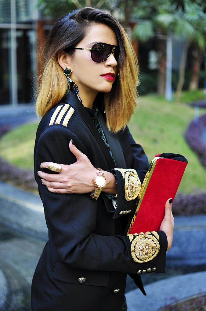 Balmain x H&M | #HMBalmaination | Akanksha Redhu | blazer arms side
