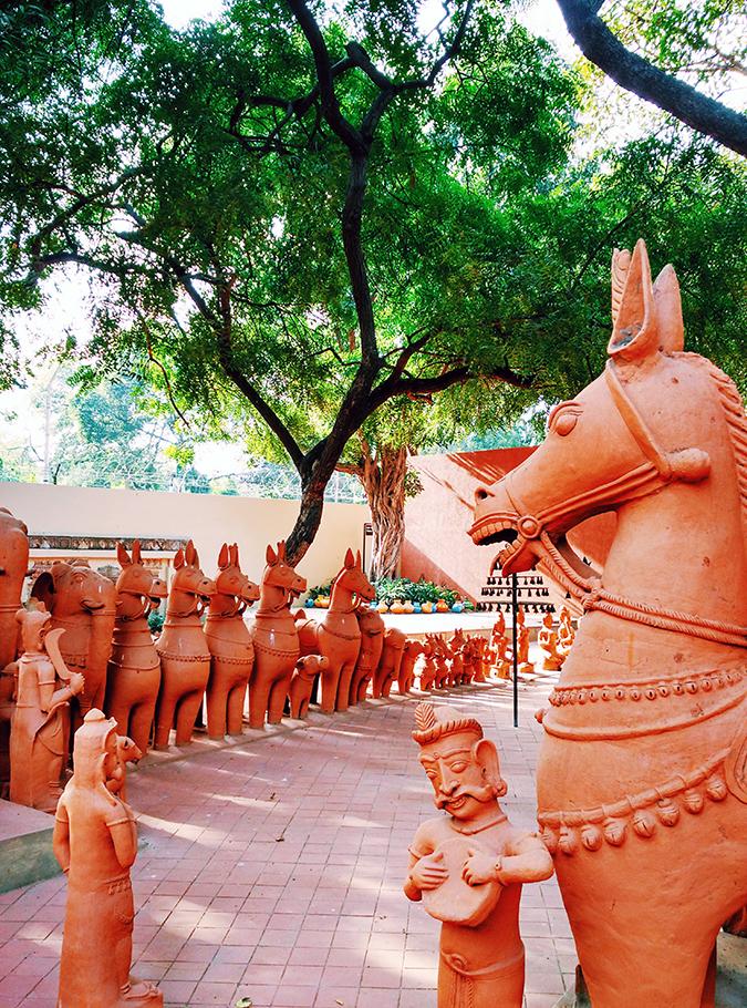 Crafts Museum | New Delhi | Akanksha Redhu | clay horses