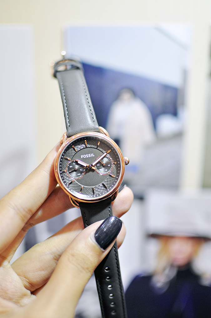 Holiday Season with Fossil | Akanksha Redhu | watch in hand