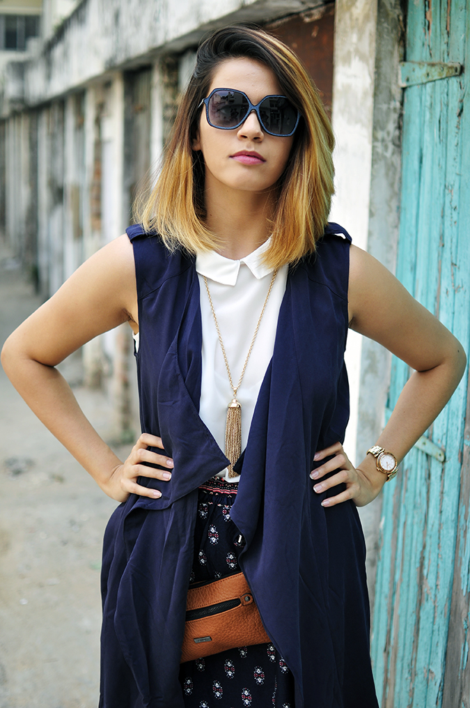 Light Layers | Only India | Akanksha Redhu | half front arms on waist
