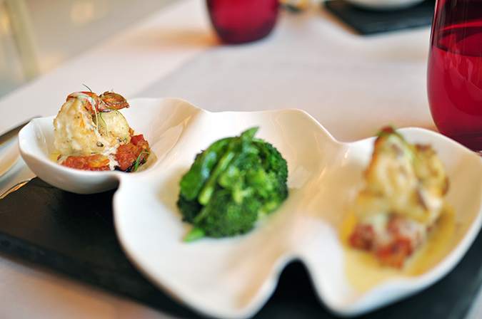 Pluck Restaurant - Pullman New Delhi | Akanksha Redhu | prawns