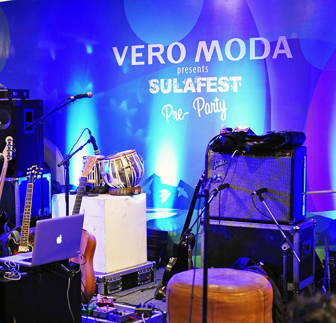 Sula Fest Pre-Party | Vero Moda | Akanksha Redhu | stage closeup