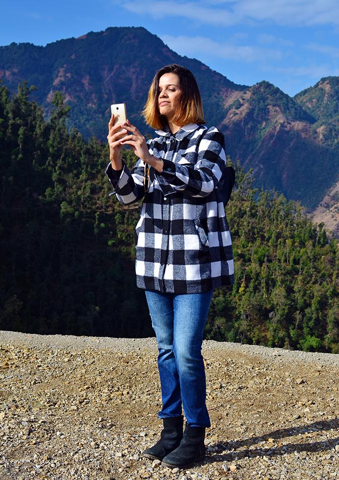 JW Marriott Mussoorie | Akanksha Redhu | Travel | taking a selfie