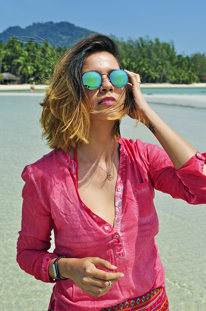 Coconut Beach   Koh Samui   Akanksha Redhu   #RedhuxKohSamui   half front hill back arm up