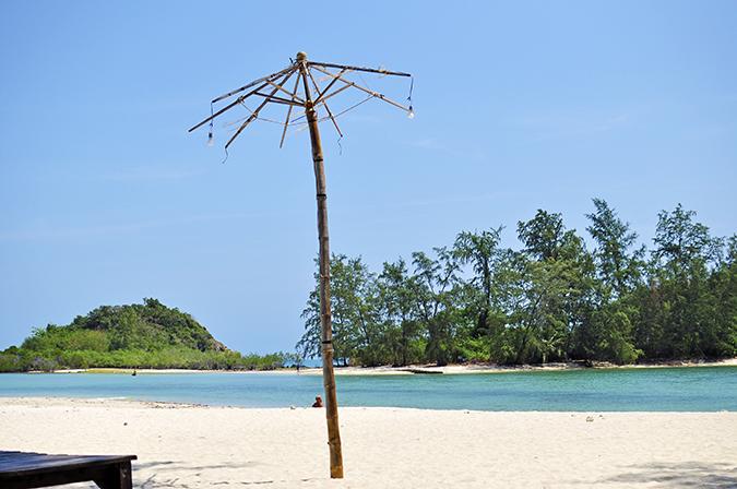 Choeng Mon Beach, Koh Samui | Akanksha Redhu | bare umbrella