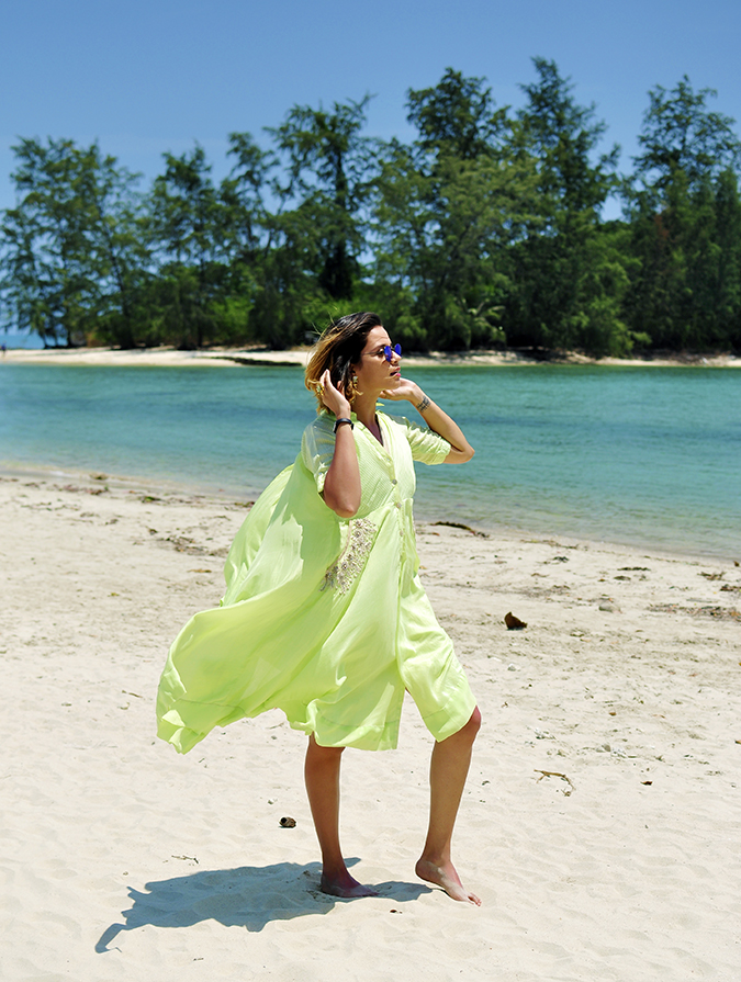 Chichouse | Choeng Mon Beach | Koh Samui | Akanksha Redhu | full side flying dress