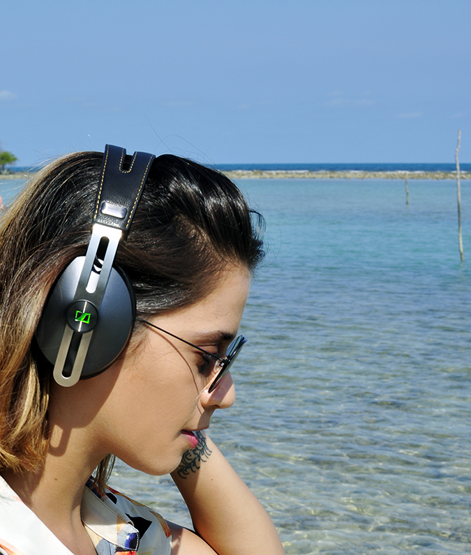 Koh Samui | Akanksha Redhu | green in headphones