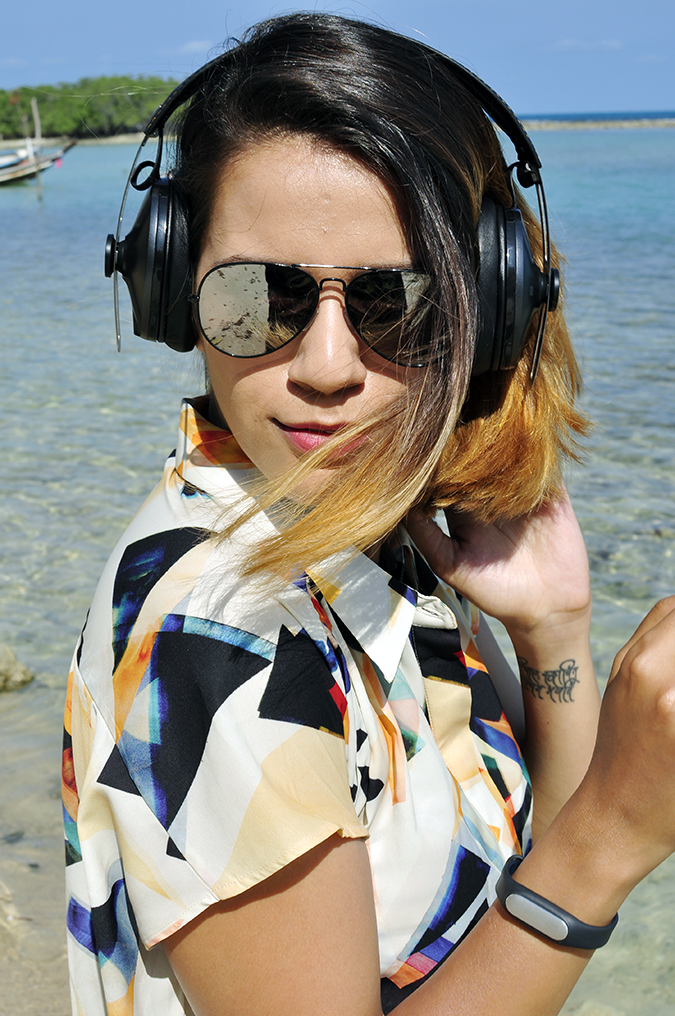 Koh Samui | Akanksha Redhu | headphones hair fly