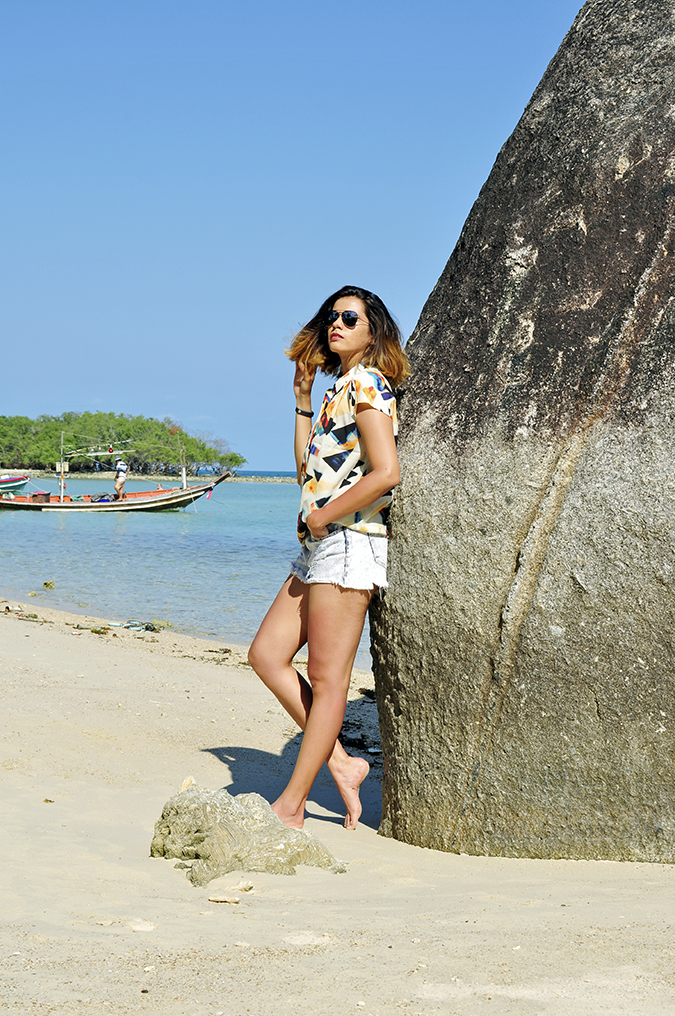 Koh Samui | Akanksha Redhu | leaning on rock full side