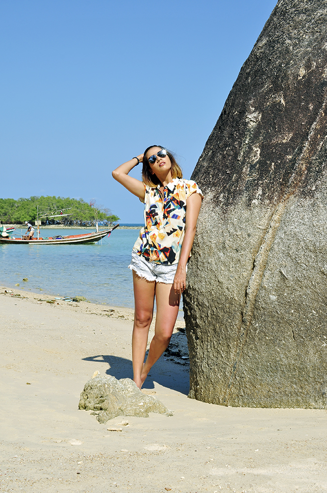 Koh Samui | Akanksha Redhu | leaning on rock full front