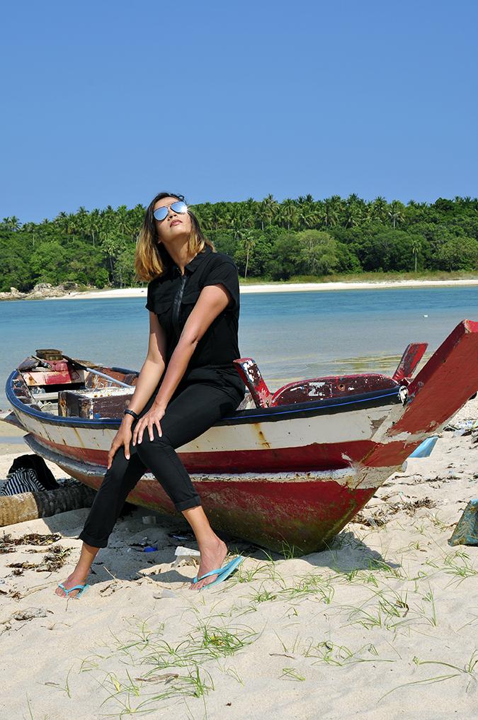 #mycalvins | Koh Samui | Akanksha Redhu | boat in overalls